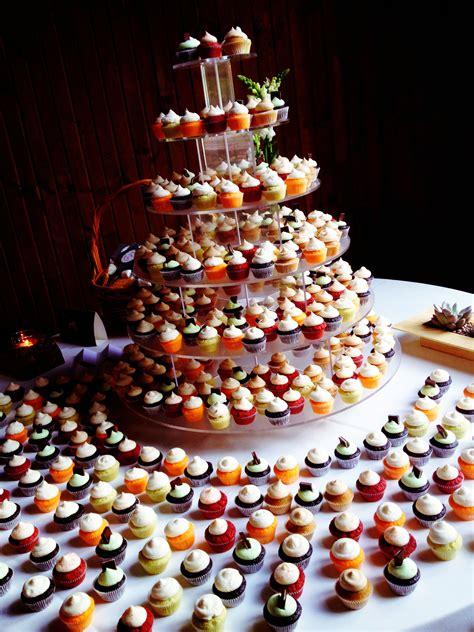 mini wedding cupcakes  work tonight cute  wedding