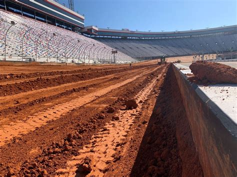 Get all the info you need for race day and beyond, plus exclusive. Bristol Motor Speedway dirt transformation in photos | NASCAR