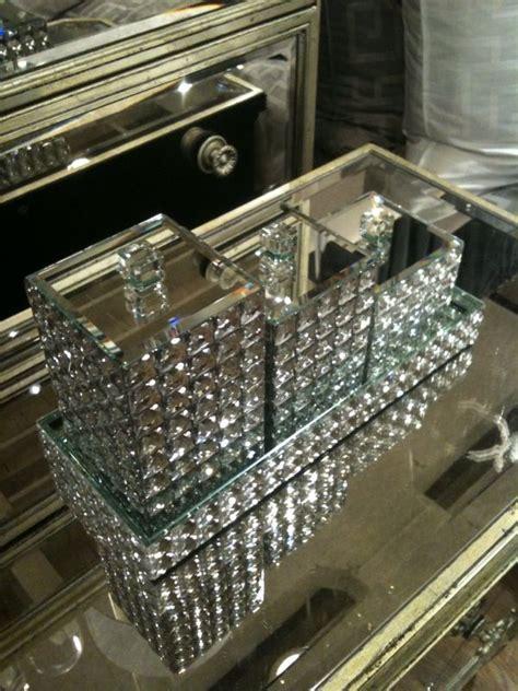 Rhinestone Bathroom Accessories Sets by 25 Best Ideas About Bling Bathroom On Glass