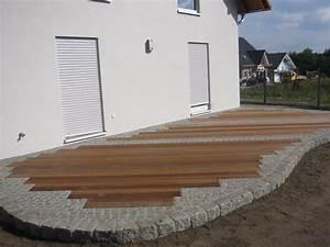 Terrassengestaltung Mit Holz Und Stein : terrasse stein und holz 53 images garten sichtschutz garten sichtschutz stein bangkirai ~ Eleganceandgraceweddings.com Haus und Dekorationen
