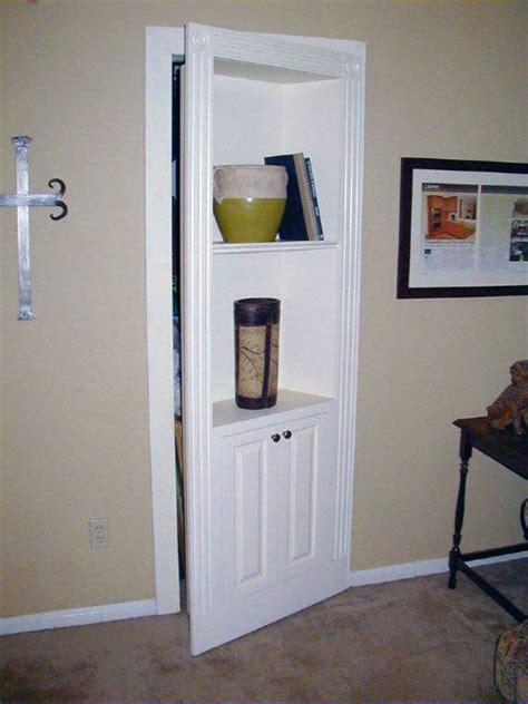 Closet Door Bookshelf by Secret Closet Bookcase Door Stashvault