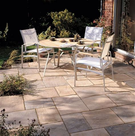 1000 ideas about paving slabs on sandstone