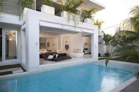 contemporary villa  bali  overlapping functional
