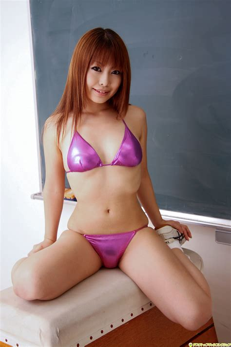 japanese junior idols momo shiina string bikini sex porn