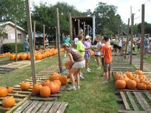 Mandarin Pumpkin Patch Jacksonville Fl the peanuts gang would be envious of mandarin united