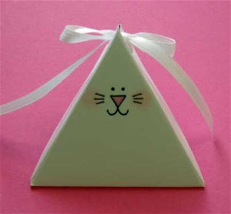 Triangle Template For Kid Craft by Gift For Easter Triangle Treat Template Tutorial Kids