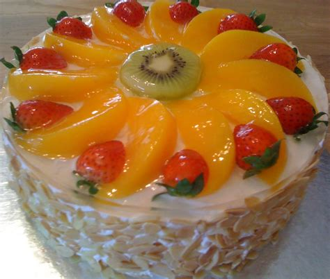cakes decorated with fruit cookiss sheryl s kitchen cake index
