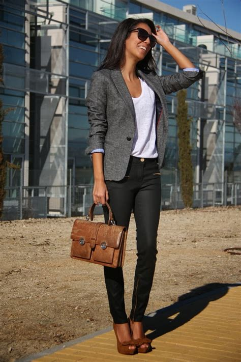 Top 30 Work Outfit Combination Ideas for Business Ladies 2018 | FashionGum.com