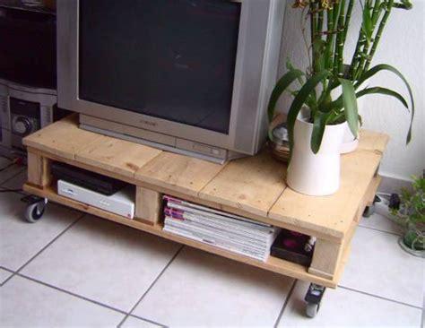 realiser des meubles avec des palettes 7 id 233 es r 233 cup pour une d 233 co du salon vraiment originale