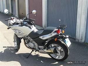 Bmw F 650 Cs Helmspinne : 2004 bmw f650 cs ~ Jslefanu.com Haus und Dekorationen