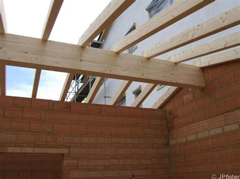 Holzbalkendecke Garage by Dachstuhl Garage Aufgestellt Bautagebuch Holzhaus Soligno