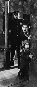 Le Family Cinema : 17 best images about charlie chaplin on pinterest ~ Melissatoandfro.com Idées de Décoration