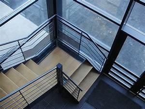 Calcul Escalier Quart Tournant : escaliers tournants tous les fournisseurs escalier ~ Melissatoandfro.com Idées de Décoration