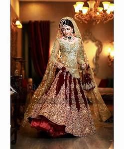 Contrast Bridal Lehenga Designs Winter Velvet Dresses Designs Latest Trends Collection