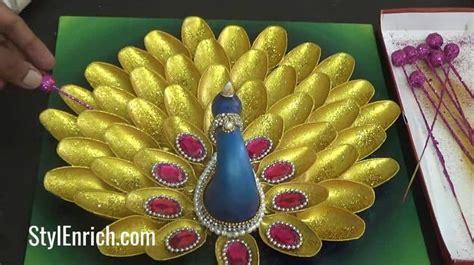 creative peacock  plastic spoons simple