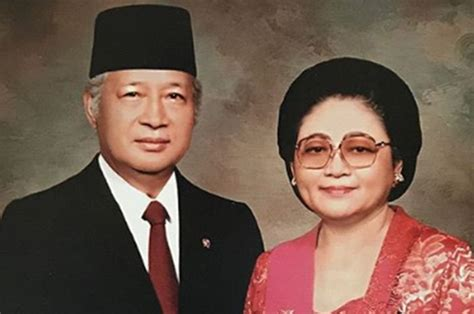Tepat kamis, 21 mei 1998 pada pukul 09.00 wib soeharto menyatakan berhenti dari jabatannya sebagai presiden republik indonesia. Sebelum Kematiannya, Bu Tien Sudah Mengingatkan Agar Soeharto Berhenti Jadi Presiden, Namun Tak ...