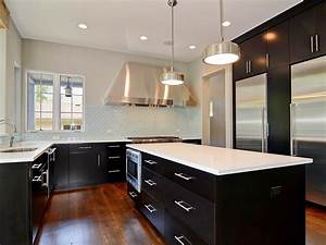 Kitchen theme ideas hgtv pictures tips inspiration hgtv for Kitchen colors with white cabinets with modern black and white wall art