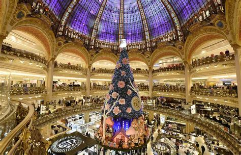 Holiday Period Spending New Year's Eve And Christmas In Paris