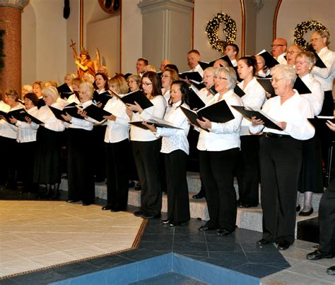singers   belleville choral society fifty