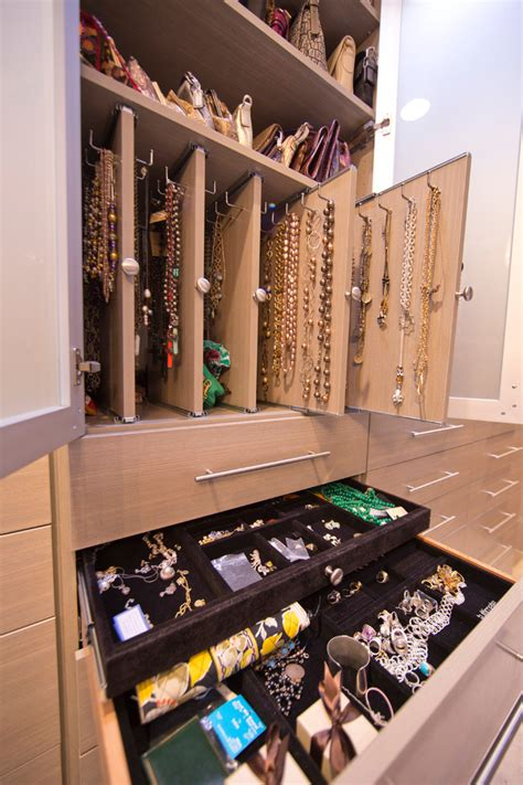 20 modern storage and closet design ideas