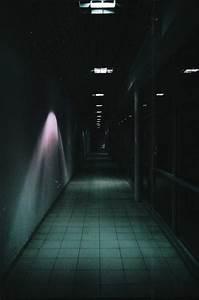 couloir sombre quelle couleur estein design With lovely couleur de peinture pour couloir sombre 1 quelle couleur peindre un couloir maison design bahbe