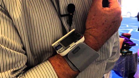 Omron HE-6052 Wrist Blood Pressure Monitor - YouTube