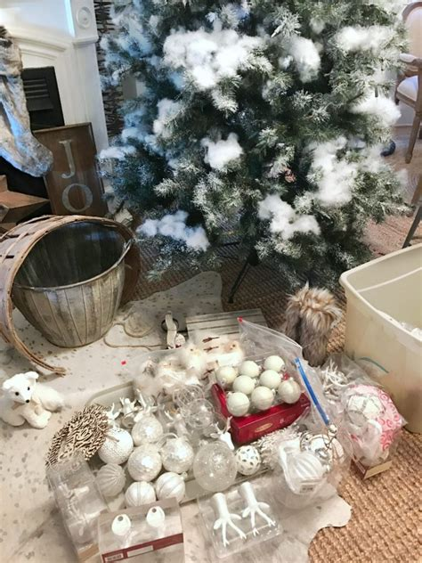 how to organize a christmas tree tree 10 tips on how to decorate a tree rustic glam farmhouse