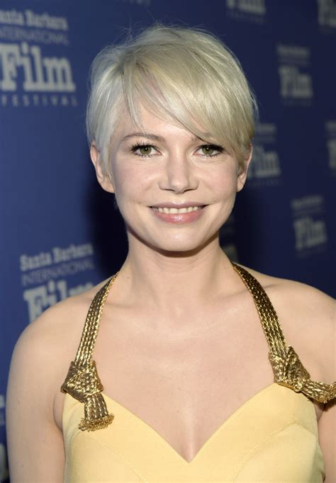michelle williams messy cut michelle williams short