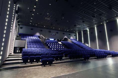 cinema aeroville