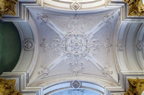 Plaster Cornice Designs To Enhance The Appearance Of Your