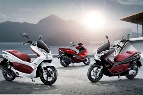 Honda Moto Pcx by 2012 Honda Pcx Moto Zombdrive