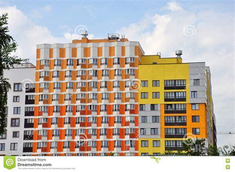 Façade Immeuble Moderne by Nouvel Immeuble Moderne Avec La Couleur De Fa 231 Ade