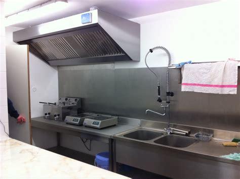 cuisine pro services idée credence inox cuisine professionnelle crédences cuisine
