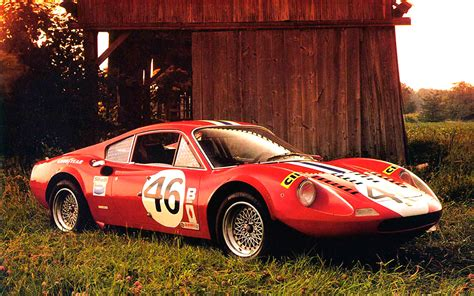 Old and Beautiful Ferrari Car Pictures and Wallpapers