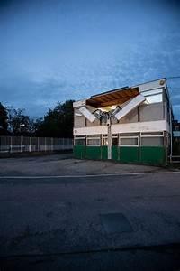 Installation  U0026quot Open To The Public U0026quot   U00e0 Kent En Angleterre Par