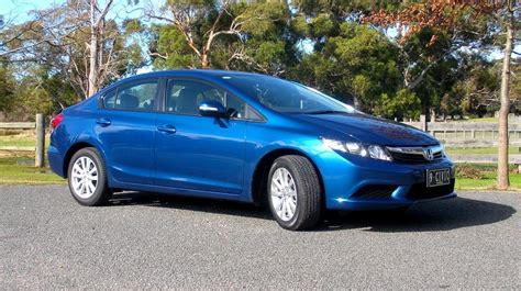 Honda Civic Review: 2012 Civic Sedan