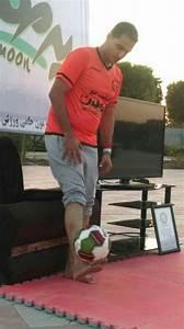 Iranian Man Breaks World Football Juggling Record Video