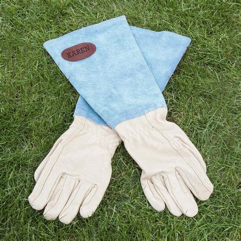 personalised leather gardening gloves buy from prezzybox com