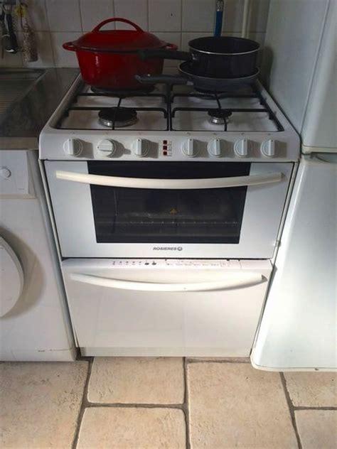 lave vaisselle plaque cuisson clasf