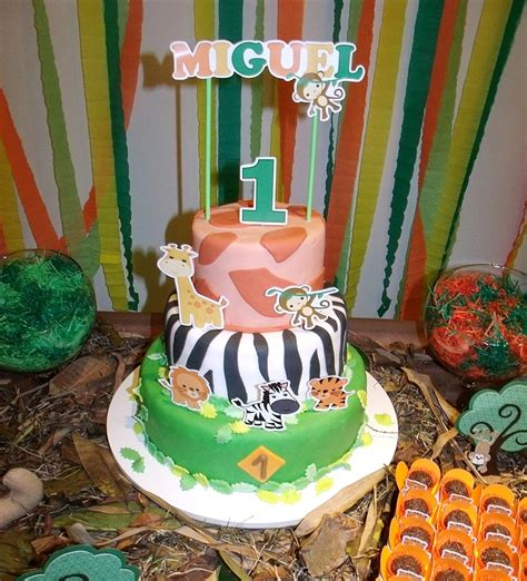 jungle themed st birthday party  brazil party