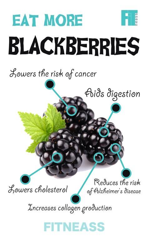 surprising health benefits  berries infographic