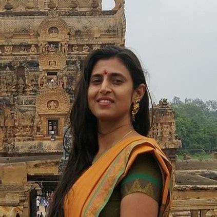 actress kasthuri annamayya kasturi shankar responds to troller