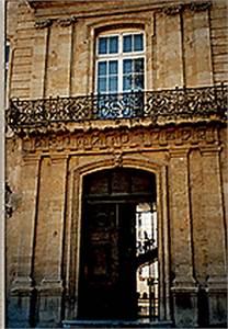 Hotel Caumont Aix En Provence : le quartier mazarin ~ Carolinahurricanesstore.com Idées de Décoration