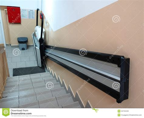 chaise electrique en handicap elevator lift for invalid wheelchair stock image