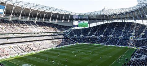 The tottenham hotspur stadium has a capacity of 62,062. Nieuwe stadion van Tottenham Hotspur tapt gruwelijk snel ...
