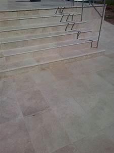 Dallage Travertin Extérieur : escalier ~ Edinachiropracticcenter.com Idées de Décoration