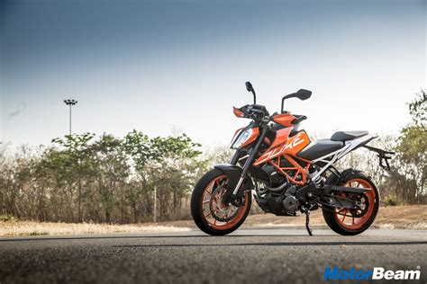 Ktm Duke 390 Backgrounds by Ktm India Launches Limited Edition Duke 390 In White Colour