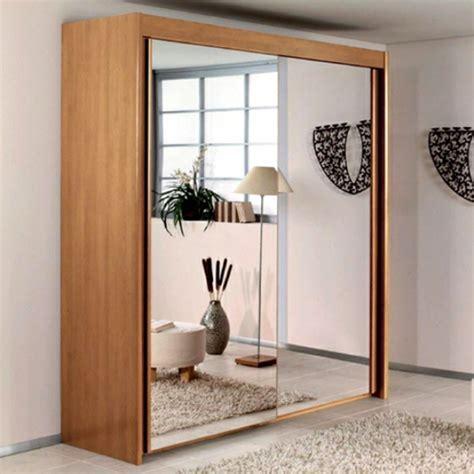 chambre japonaise traditionnelle la porte de dressing coulissante garantit un style moderne