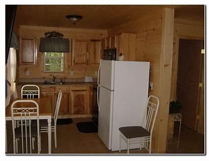 Lake Ridge Pine Cabin3