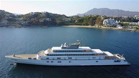 Rising Sun Ultra Luxury Yacht - YouTube